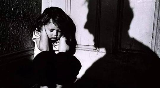 携程虐童事件:我在楼上卖命加班,我孩子在楼下挨打受罪